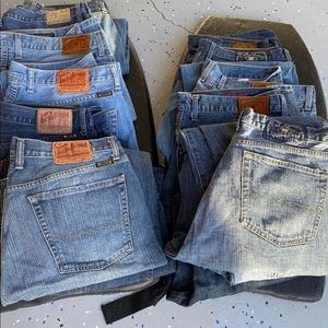 Men's used jeans, non negotiable in price $